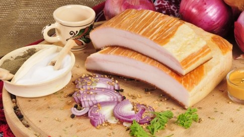 slanina afumata calorii