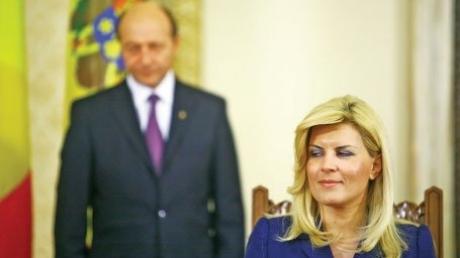 Dezvăluiri BOMBĂ ale Adrianei Săftoiu! Traian Băsescu somat de ruşi să o elimine pe Elena Udrea