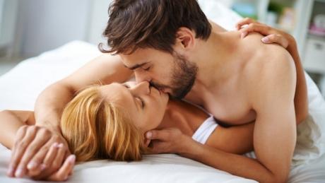 Poziții sexuale pe care sa le încerci în acest week-end. Vei înnebuni de plăcere!
