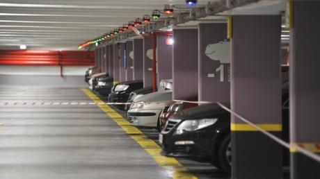 BUCUREŞTENII au la dispoziţie o nouă parcare subterană