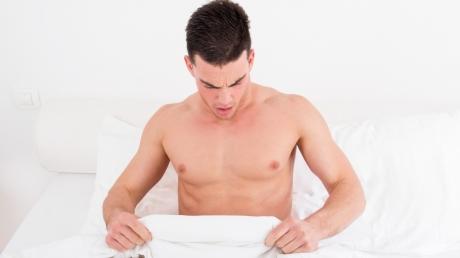MISTER: CE li se întâmplă bărbaţilor în fiecare dimineaţă