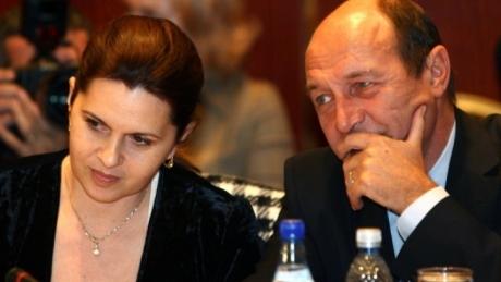 """Adriana Săftoiu citează dintr-un coleg de la Cotroceni: """"Am citit cartea. E mizilic pe lângă ce am trăit noi"""""""