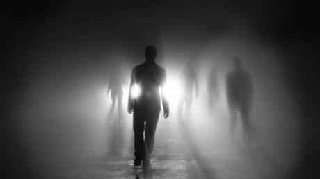CUTREMURĂTOR! Dezvăluiri despre ultimul drum: când încep oamenii să-şi simtă SFÂRŞITUL