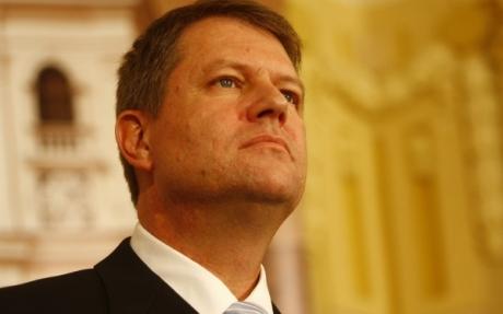 MUTARE-ŞOC pe scena politică! Klaus Iohannis, pe AFIŞUL ELECTORAL pentru LOCALELE din 2016