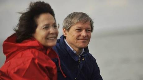 SECRETUL din viața soției lui Cioloș a ieșit la iveală
