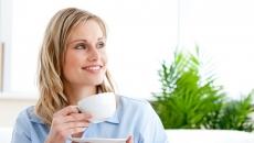 femeie.ceai