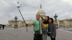 Selfie stick, interzis în mai multe ţări
