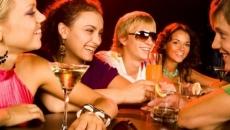 tineri in club