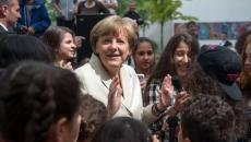Merkel la un liceu din Berlin