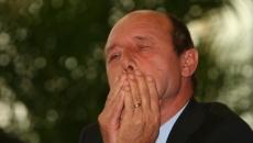 Basescu in lacrimi 2