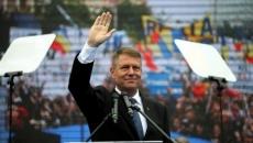 Klaus Iohannis saluta