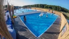 piscina suspendata Iasi