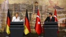 Angela Merkel şi Ahmet Davutoglu