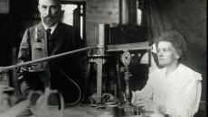 Pierre si Marie Curie