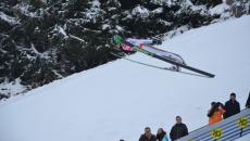 zbor cu schiurile