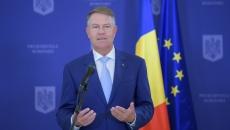 Klaus Iohannia a îndemnat parlamentarii să nu voteze moţiunea de cenzură a PSD