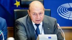 Europarlamentarul Traian Băsescu afirmă cu pensionarii sunt batjocoriţi şi înşelaţi
