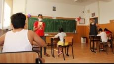 România trebuie să investească urgent în sănătatea şi educaţia copiilor săi