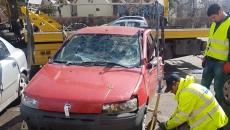 Când sunt considerate maşinile abandonate şi în ce condiţii pot fi vândute de primării