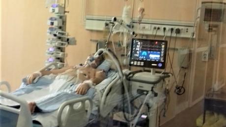 Medic legist: Pacienţii decedaţi de COVID aveau apă la plămâni şi cheaguri de sânge